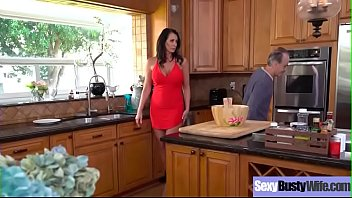 Reagan foxx, Housewife