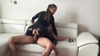 Latex, Czech anal