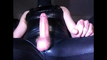 Latex, Crossdress