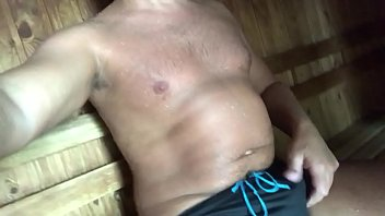 Sauna, Hard gay