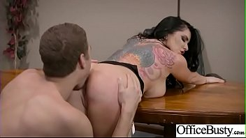 Romi rain, Office sex