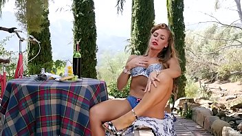 Cheat, Nicole aniston, Scene, Dripping, Drip, Silk