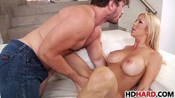 Alexis fawx, Big breast